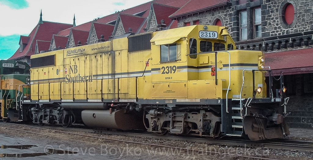 NB Southern 2319 in McAdam, NB, March 2006