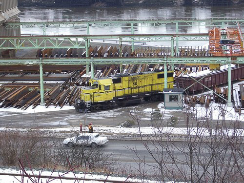 2319 switching Ocean Steel in Saint John. Photo by Bob Boudreau, used with permission.