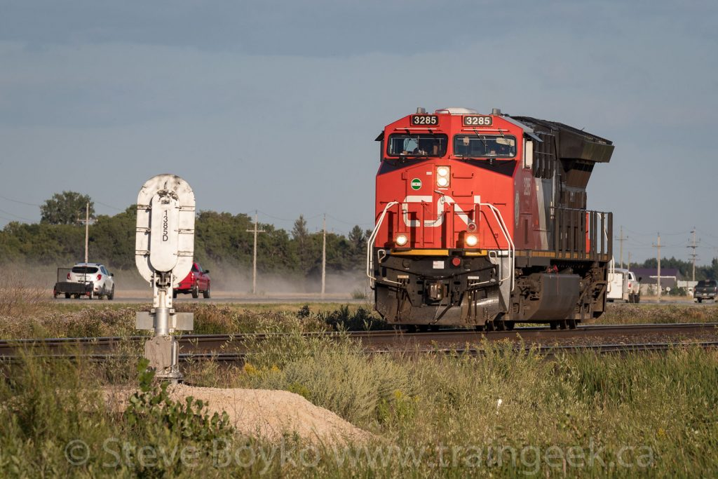 CN 3285 to the rescue