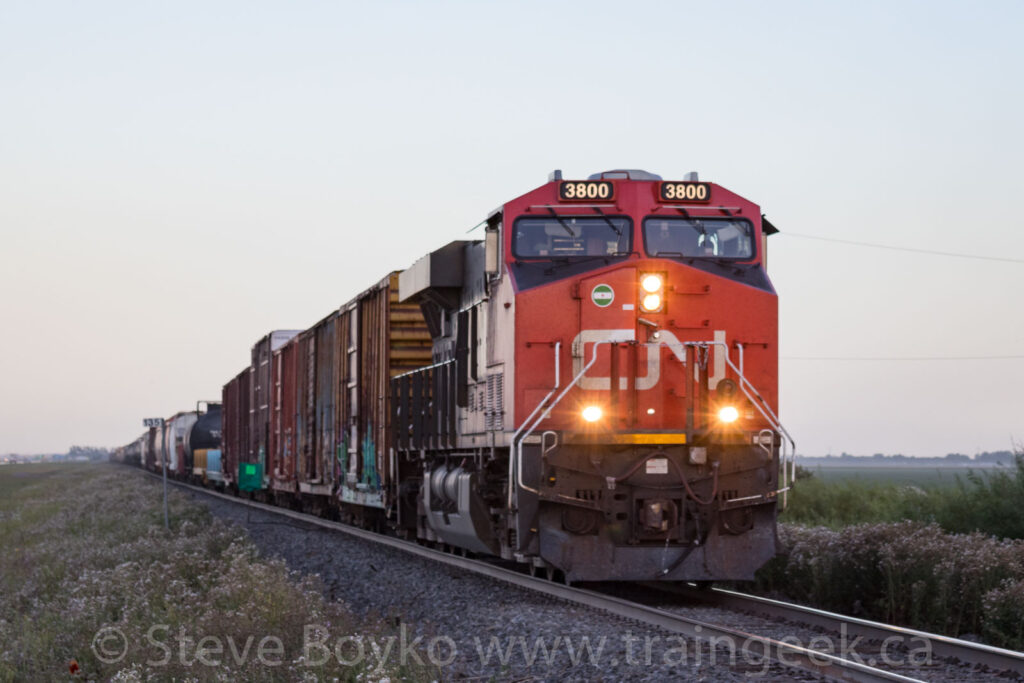 CN 3800 patiently waiting