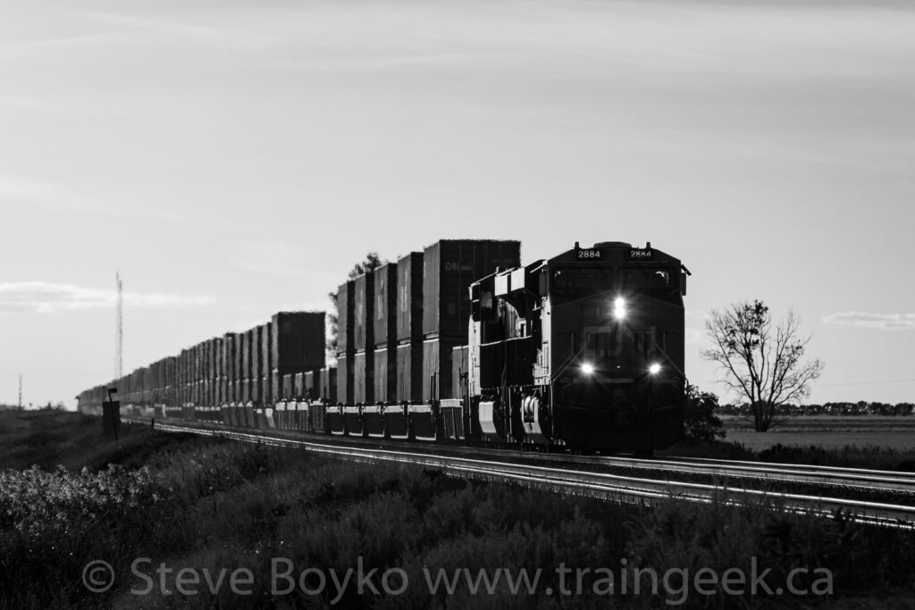 CN 2884 coming out of the sunset