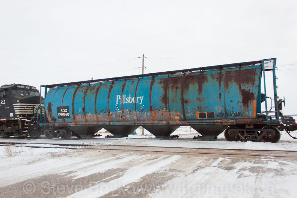 SOO 125040 in Portage la Prairie, MB, Feb 2015.