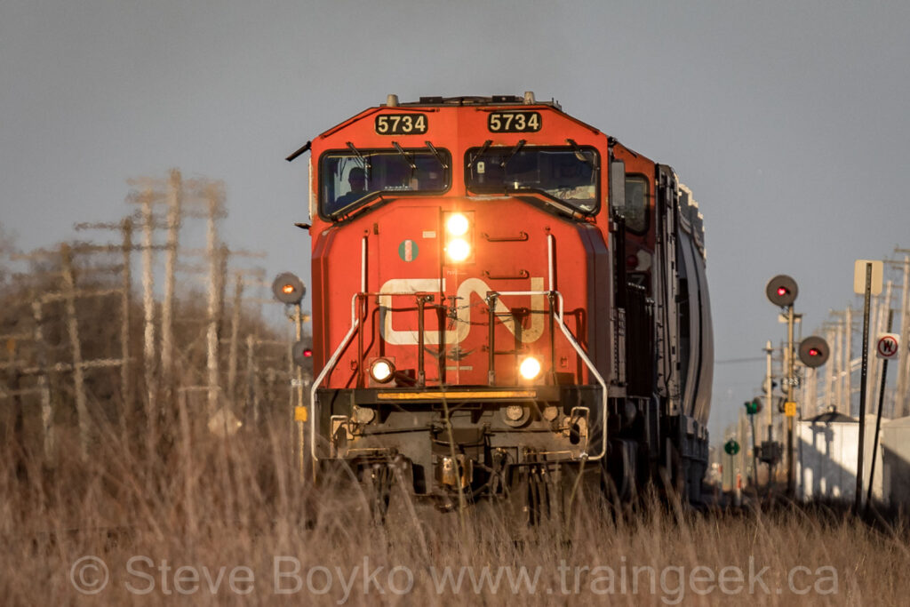 CN 5734 at Carman Junction