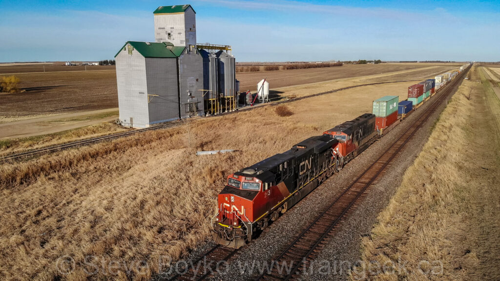 Another view of CN 2931 passing Gregg