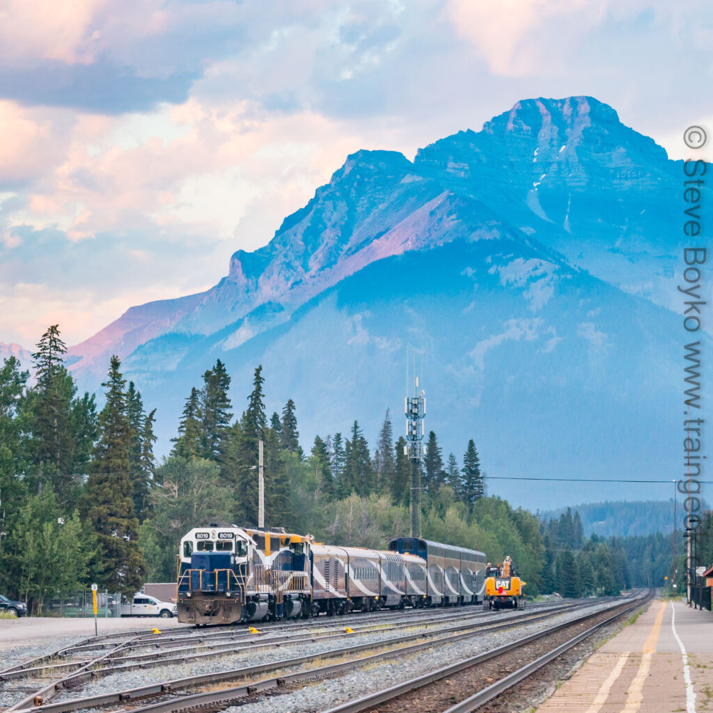 The Rocky Mountaineer amongst the Rocky Mountains