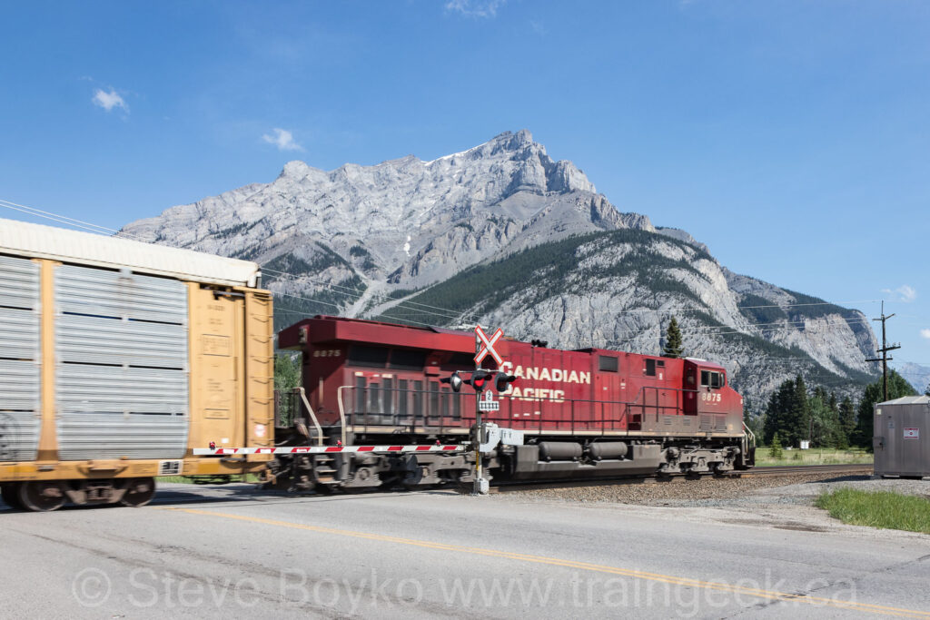 CP 8875 East at Banff East