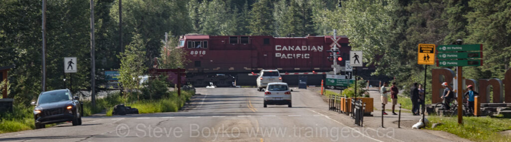 Terrible photo of CP 8918 in Banff