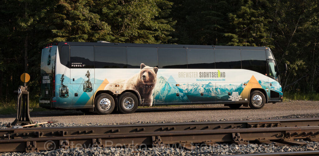 A Brewster Sightseeing bus
